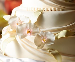 How to Incorporate Phalaenopsis Orchids in Your Wedding