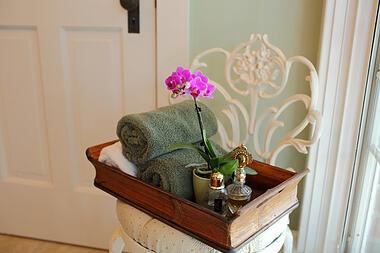 purple-miniature-orchid-in-master-bathroom-5