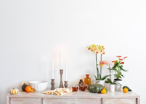 Thanksgiving-mantel-decor