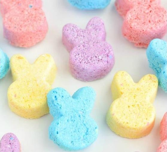 Easter_gifts_bath_bombs.jpg