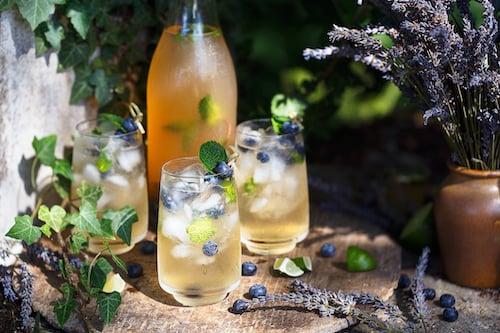 floral-wedding-cocktails