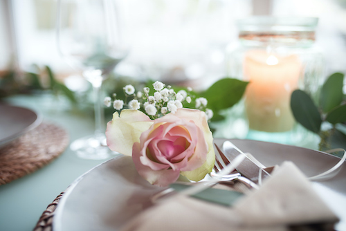 floral-wedding-place-setting